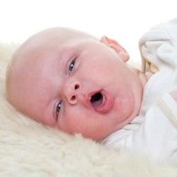 Кашель у грудного ребенка: причины, профилактика и лечение