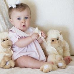 Во сколько месяцев ребенок начинает сидеть? Рассказывает врач-педиатр