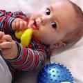 Когда новорожденные начинают видеть? Особенности зрения