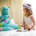 Воображаемые друзья у ребенка: стоит ли беспокоиться родителям?