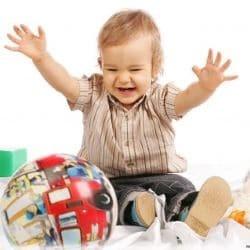 Чем занять детей в 1-2 года: лучшие игры и развлечения для маленького ребенка